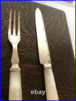 24 Piece Canteen Of Mother Of Pearl & Silver Plated Fruit Knives & Forks Mopxx1