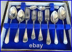 38 Piece Vintage Viners Oak Cutlery Canteen Faux Bone Handle Knives Silver Plate