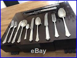 CHIPPENDALE Design ELKINGTON Silver Service 60 Piece Canteen of Cutlery