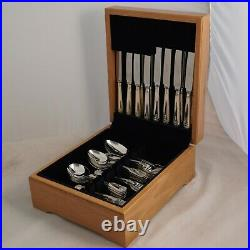 FIDDLE THREAD & SHELL United Cutlers Silver Service 44 Piece Canteen of Cutlery