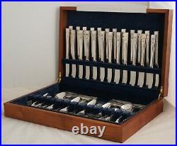 HAMPTON COURT Design COMMUNITY Silver Service 124 Piece Canteen of Cutlery