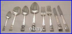 HAMPTON COURT Design ONEIDA COMMUNITY Silver Service 50 Piece Set of Cutlery