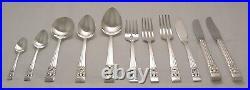 HAMPTON COURT Design ONEIDA COMMUNITY Silver Service 62 Piece Canteen of Cutlery