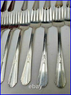 INTERNATIONAL silverplate PARIS pattern 64-piece SET SERVICE for Twelve (12)