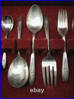 IS INTERNATIONAL SILVER TULIP PLATED FLATWARE SET SILVERWARE 46 PIECES WithBOX