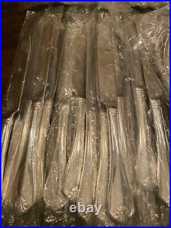 ONEIDA KING JAMES SILVERWARE SET 66 PIECES 12 servings NEW sealed pieces