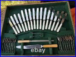 Oak Table Canteen Of Cutlery, 8 place's. 71 pieces, Silver Plate