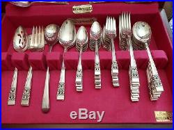 Oneida community coronation silverplated flatware 75pc. Set for 12(extra pieces)