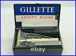 Unused Vintage 1930s Gillette No 77 Silver Plated Two Piece Razor Bakelite Set